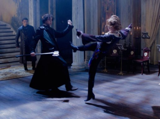 DF_24794 - Vampire Hunter Abraham Lincoln (Benjamin Walker) battles Vadoma (Erin Wasson), as Adam (Rufus Sewell) watches.