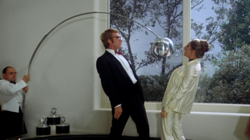 """Ryan O'Neal and Barbra Streisand star in Peter Bogdanovich's """"What's Up, Doc?"""""""