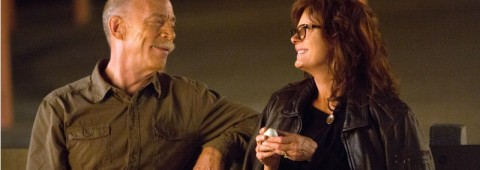 """This image released by Sony Pictures Classics shows J.K. Simmons, left, and Susan Sarandon in a scene from """"The Meddler."""" (Jaimie Trueblood/Sony Pictures Classics via AP)"""